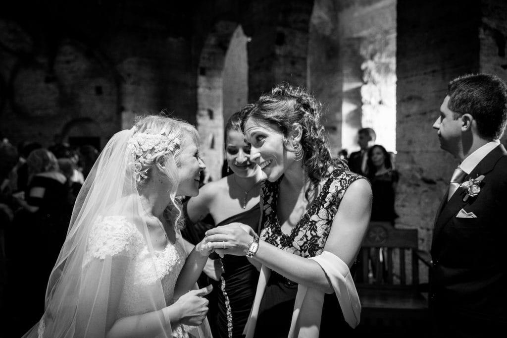 fotografo matrimonio villa miani sposa con testimone