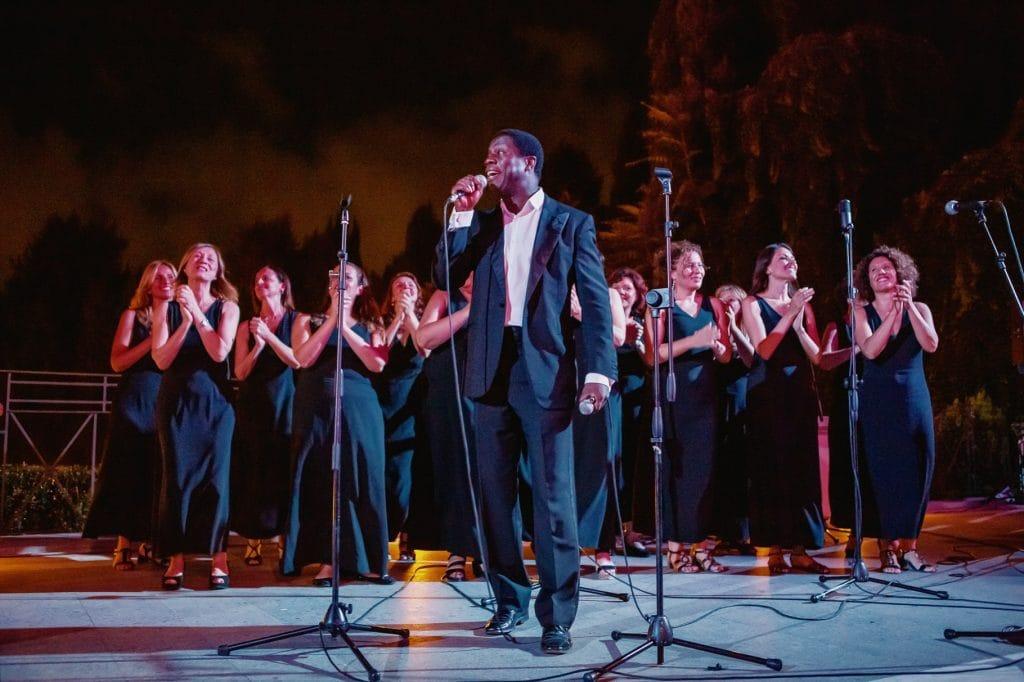 coro gospel che suona al matrimonio a villa miani