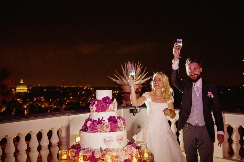 il taglio della torta di matrimonio a villa miani