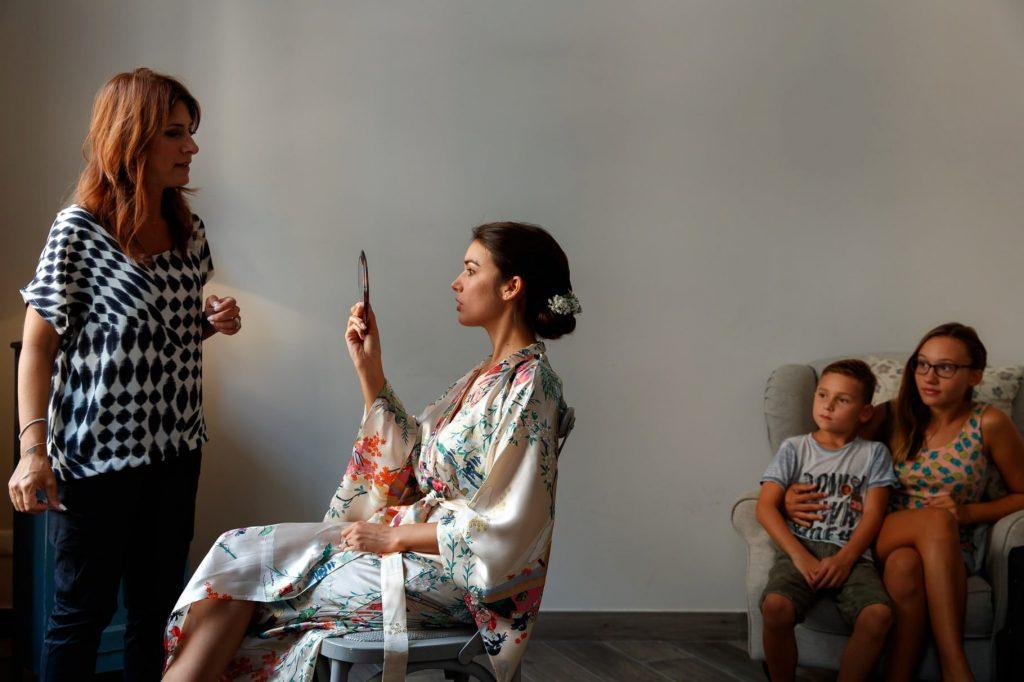 preparazione e trucco della sposa per il matrimonio a villa miani