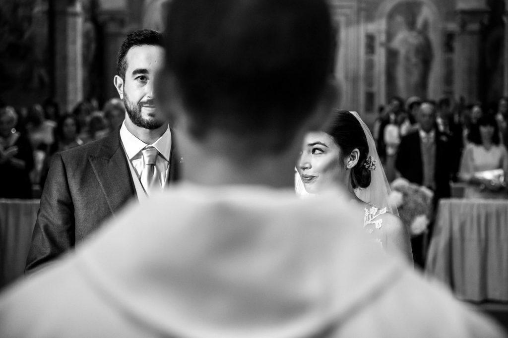 matrimonio a villa miani ritratto sposi in chiesa