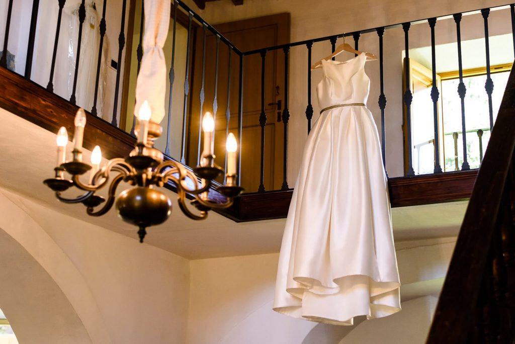 abito da sposa del matrimonio a villa gamberaia a Firenze