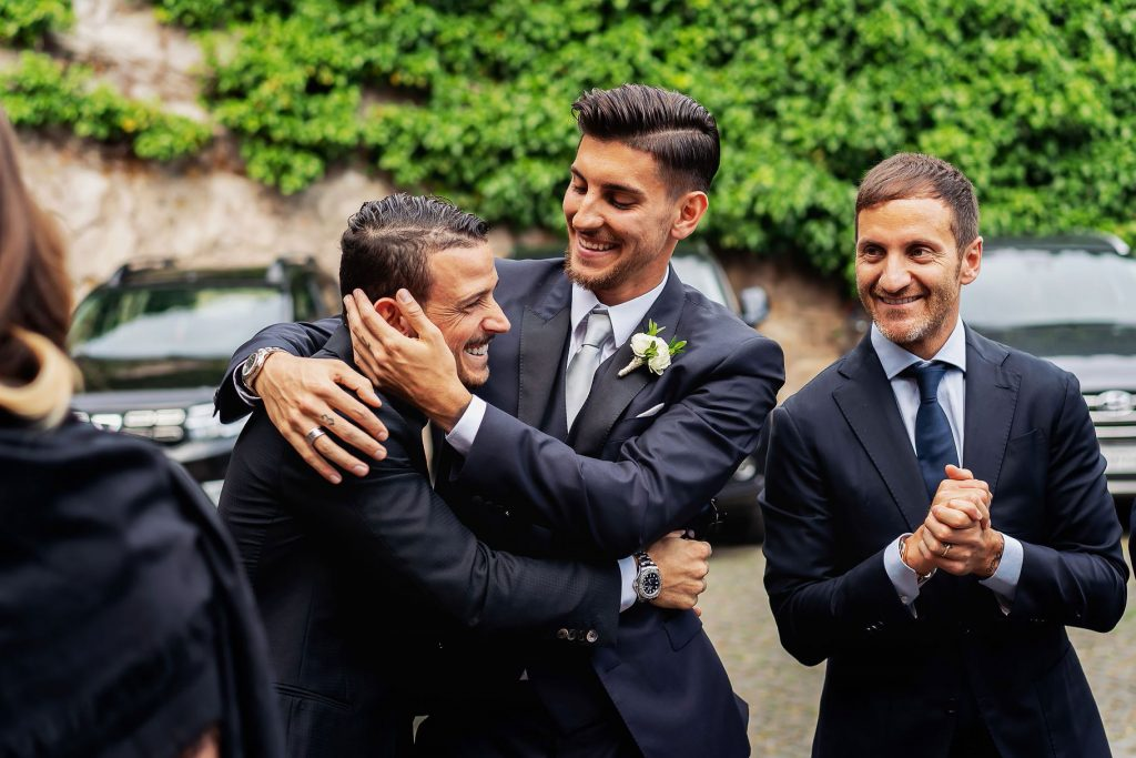 lo sposo lorenzo pellegrini con il giocatore della Roma Alessandro Florenzi