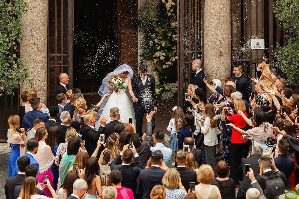 lancio del riso alle nozze di pellegrini