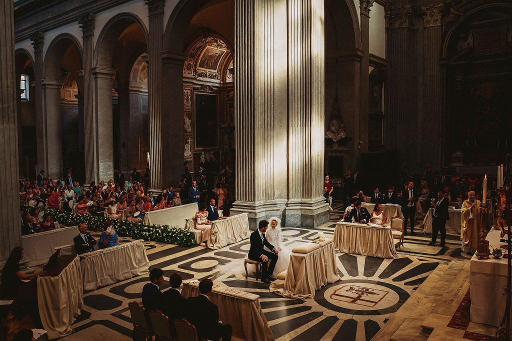 veduta dallÕalto della Chiesa durante il matrimonio italo-spagnolo